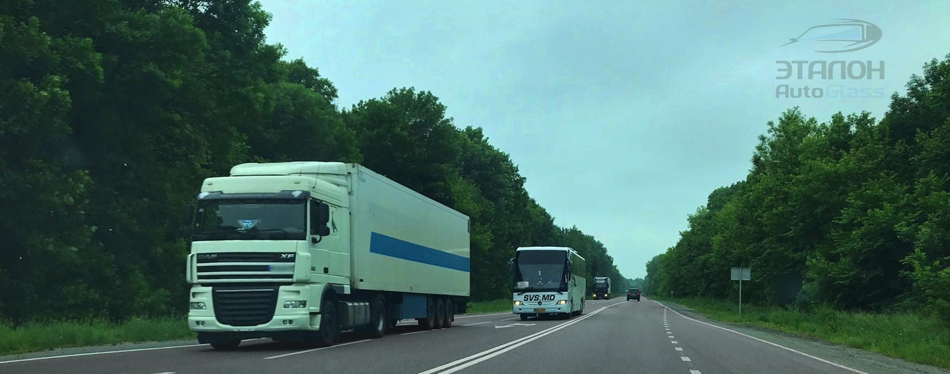 tonirovka-avto-prostejshij-stajling-gruzovyh-avto-i-mikroavtobusov-3