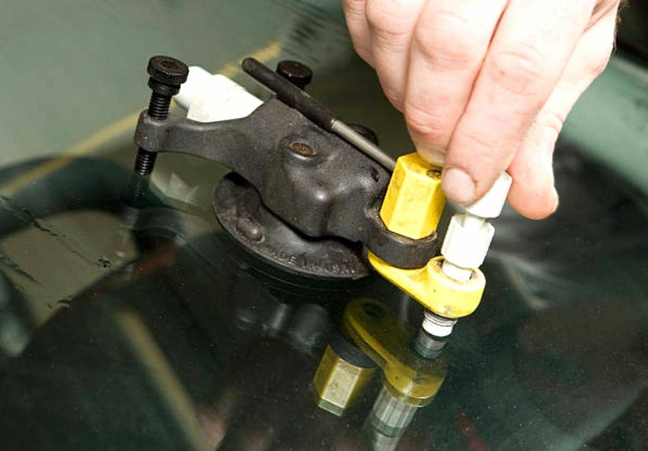 ne-otkladyvajte-remont-skolov-lobovogo-stekla-2