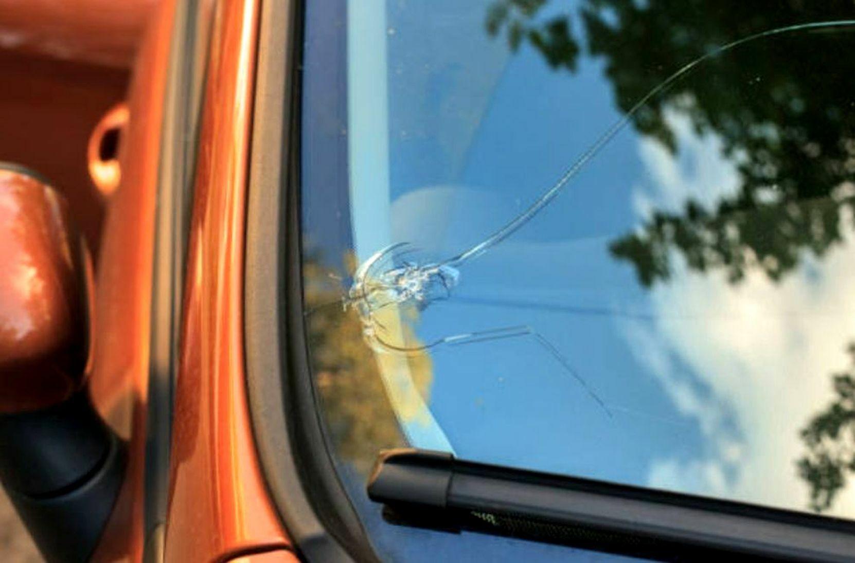 ne-otkladyvajte-remont-skolov-lobovogo-stekla