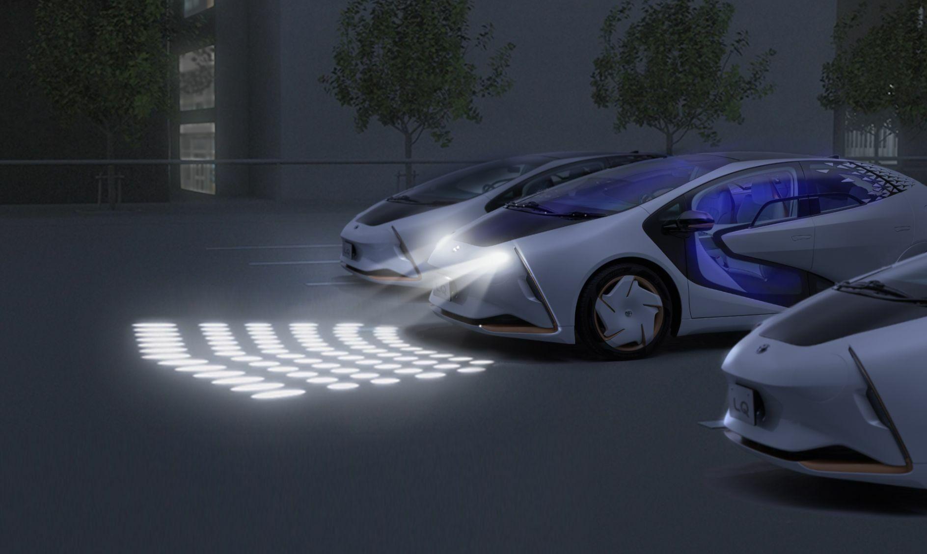 elektromobil-toyota-lq-s-iskusstvennym-intellektom-4