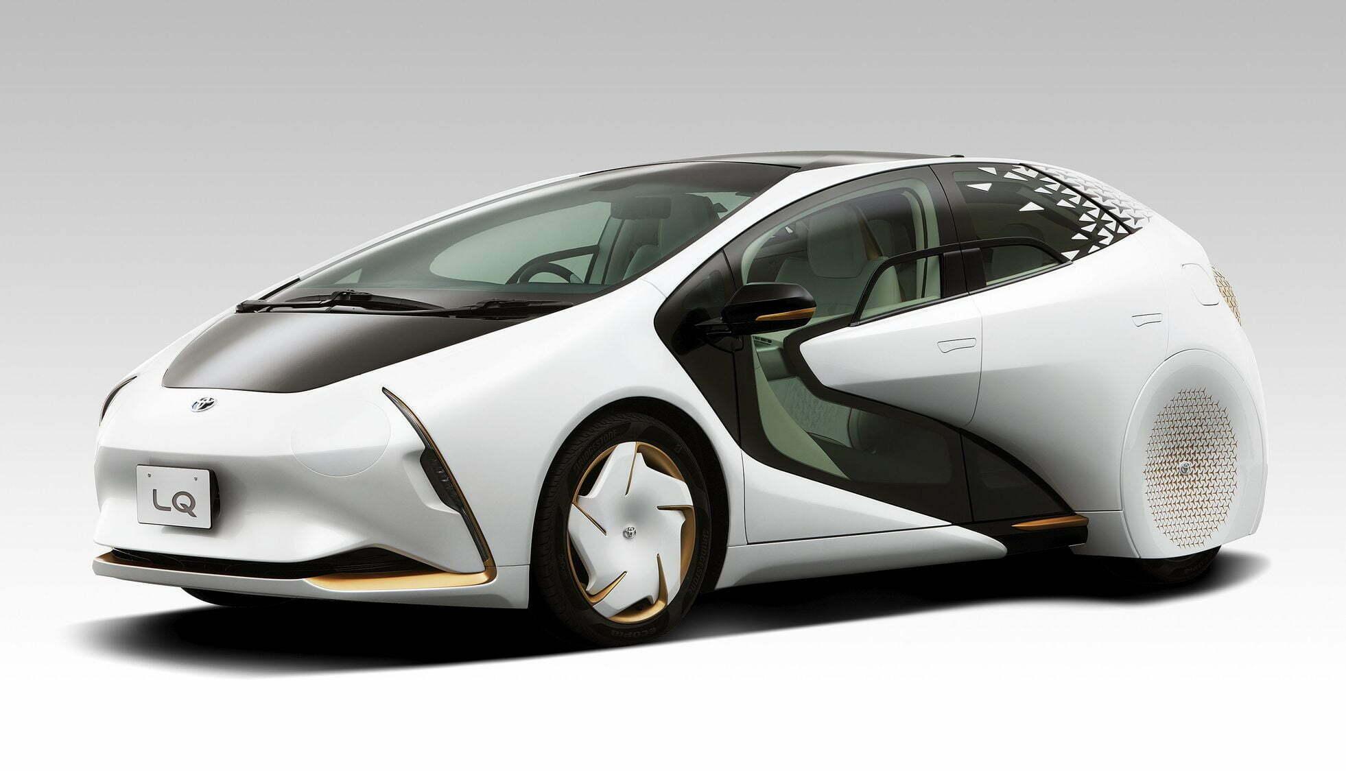 elektromobil-toyota-lq-s-iskusstvennym-intellektom